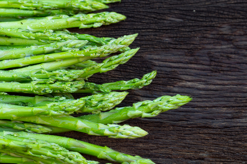 Asparagus,the spring superfood and it's health benefits